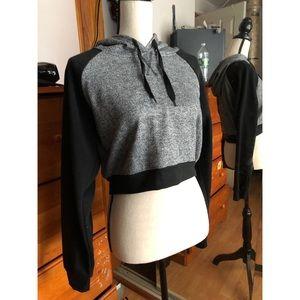 ~crop top hoodie~